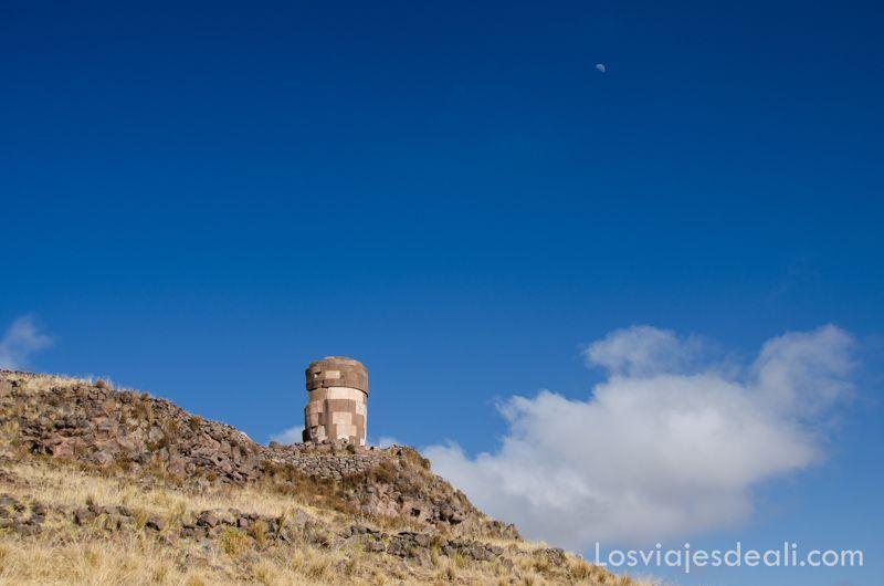 torre de sillustani y raqchi