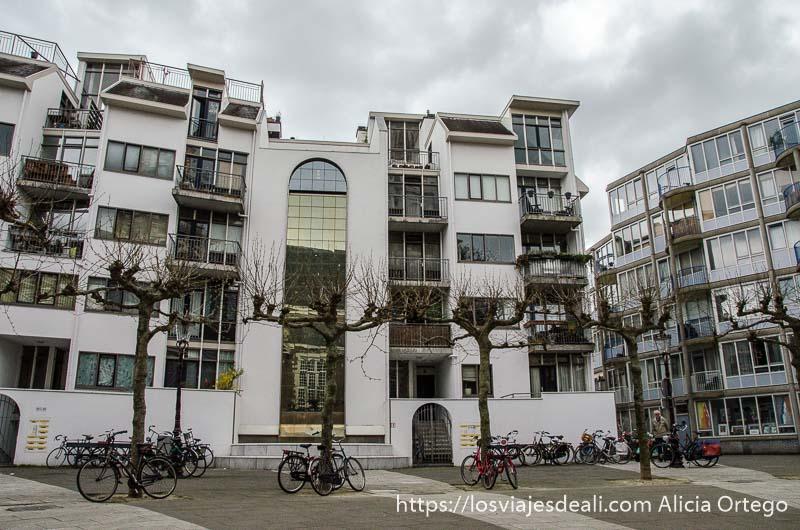 casas actuales en el barrio judío de amsterdam