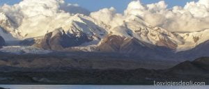 lugares remotos lago karakul