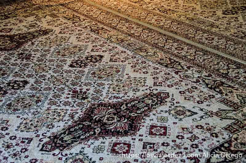 detalle de alfombra turca qué ver en pécs