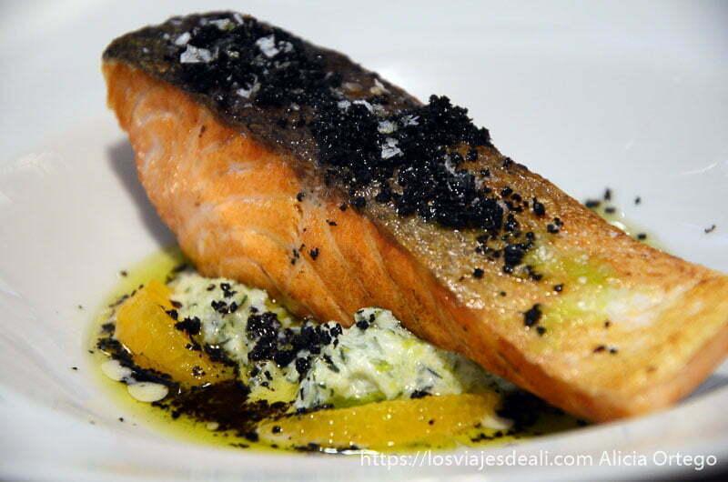 salmón al horno con naranja toledo capital española de la gastronomía