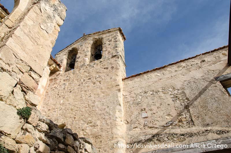 campanario de ermita románica en hoces del duratón