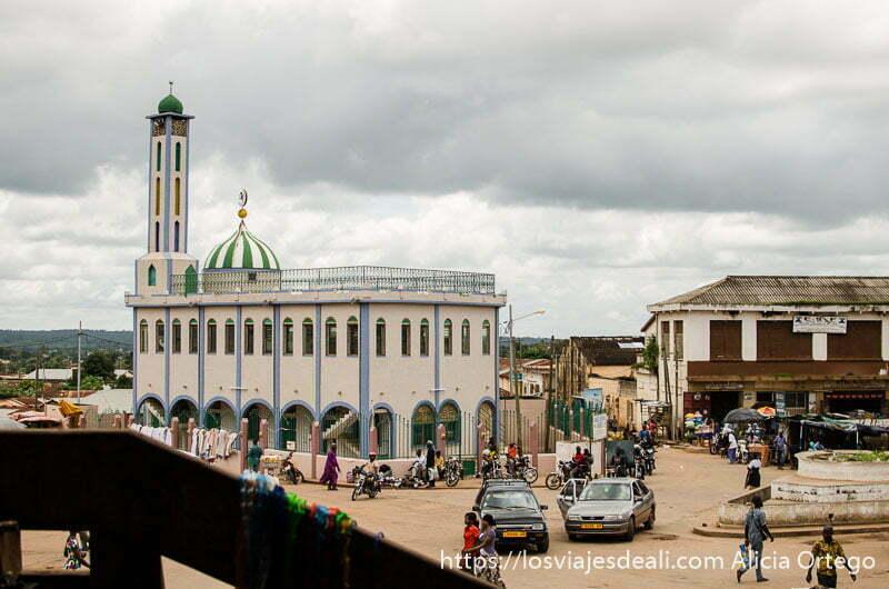 mezquita de kara ruta por el interior de togo