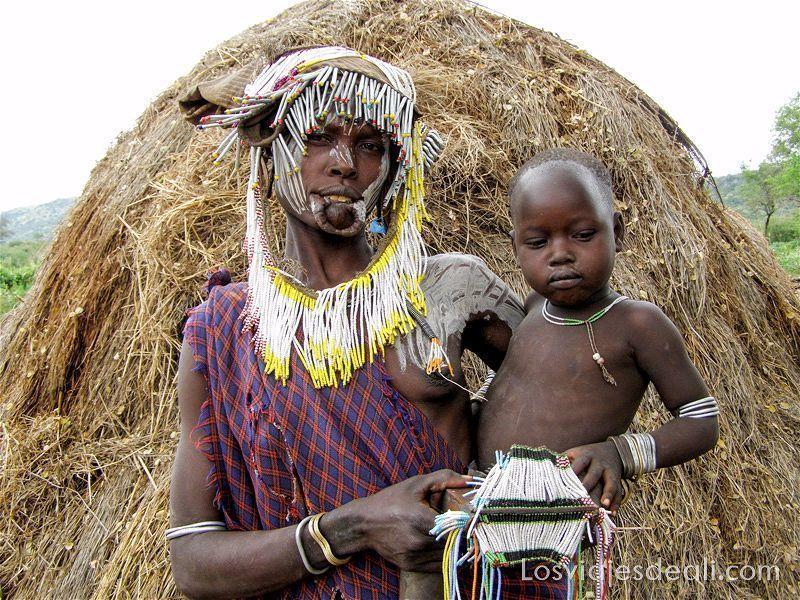 tribu mursi etiopia