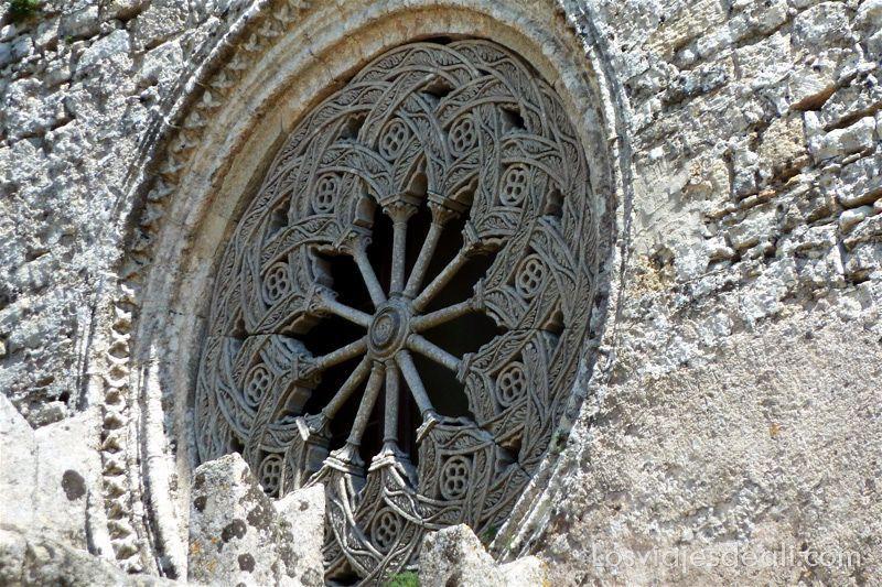 rosetón de la catedral de Érice