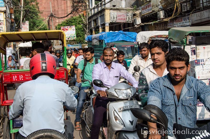tráfico en Old Delhi recuerdos al volver de un viaje