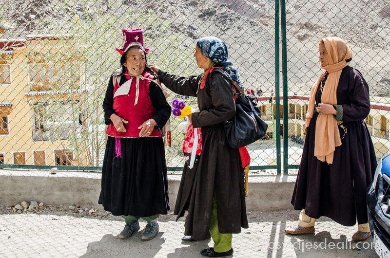 valle del indo mujeres ladakhíes