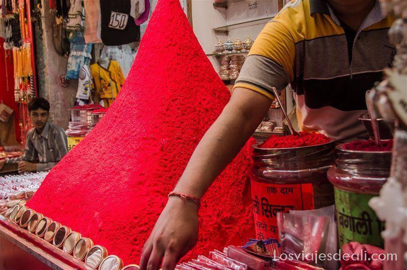 las texturas de los viajes en mercado de India