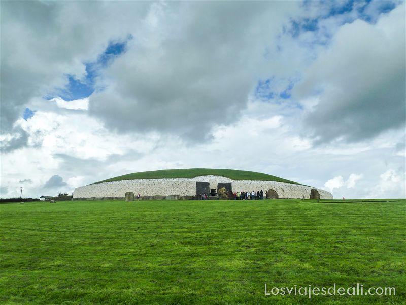 túmulo principal de Newgrange