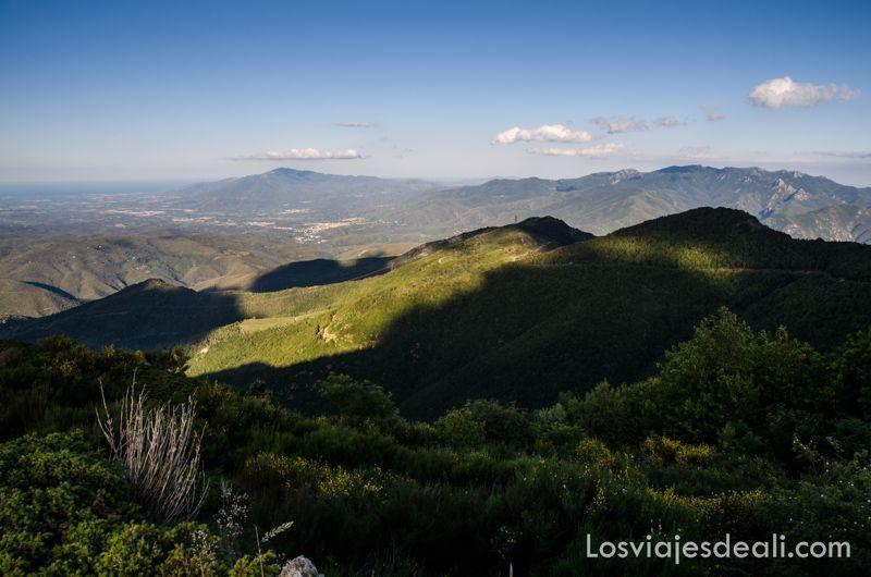 pirineos orientales desde el refugio la batére
