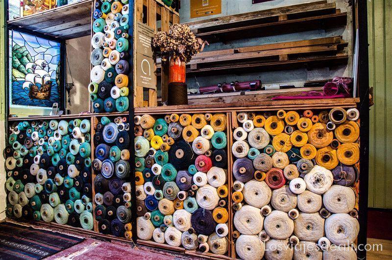 hilos para tejidos de pueblos del macizo del Canigó