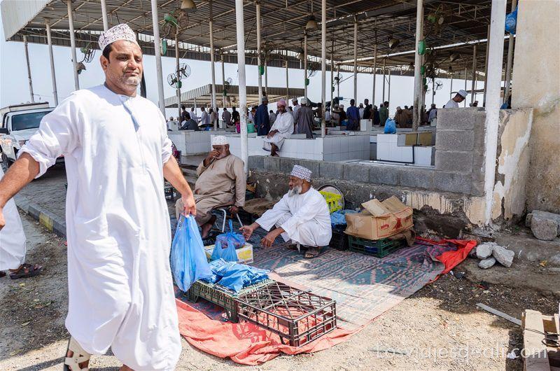 mercado de pescado de barka en oman
