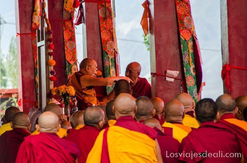 una conferencia del Dalai Lama