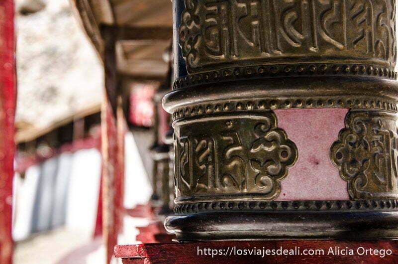 detalle de molino de oración en el valle del indo