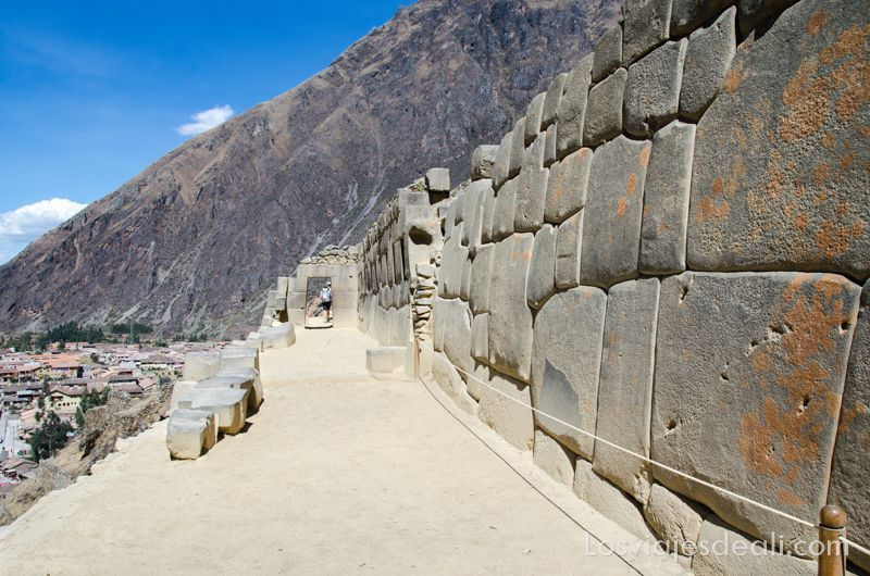 valle sagrado de los incas Ollantaytambo