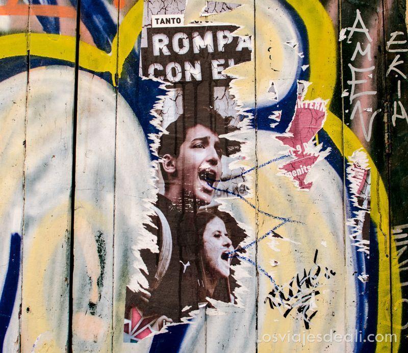 carteles en Photowalk en Malasaña