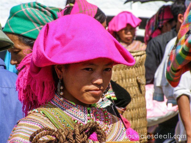 mujer del mercado de bac ha