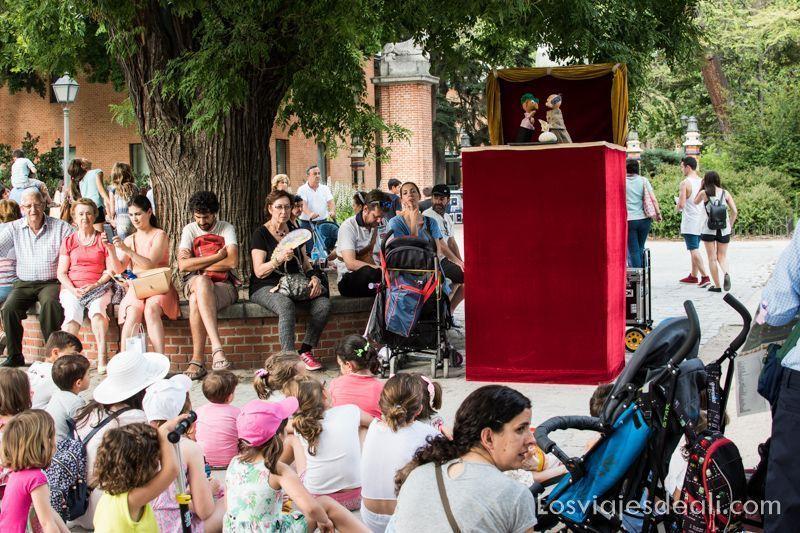 guiñoles en la feria del libro de Madrid