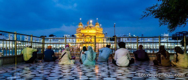 Amristar templo dorado de los sijs