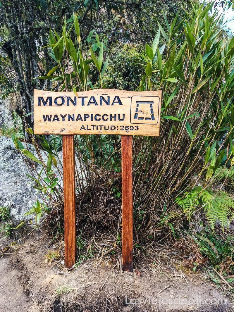 cartel Huayna Picchu en Machu picchu