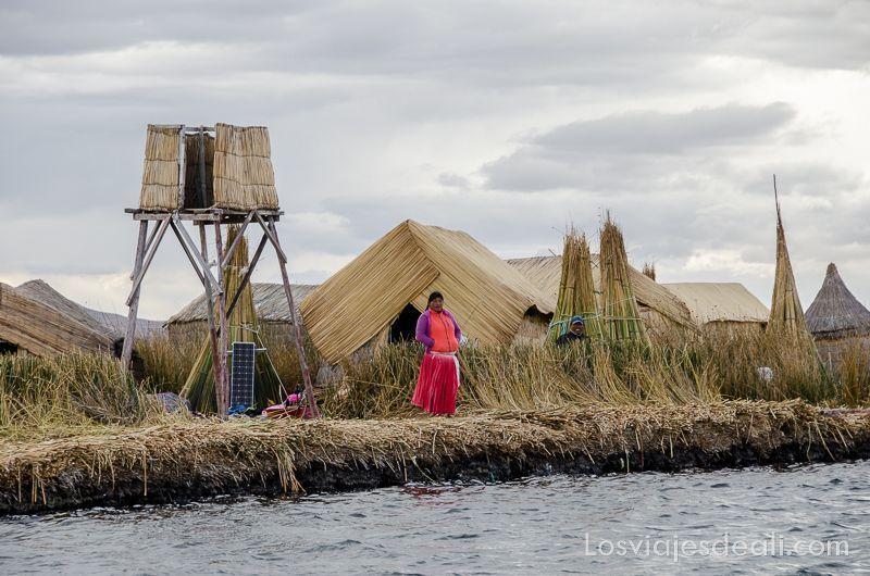 islas del lago titicaca islas uros