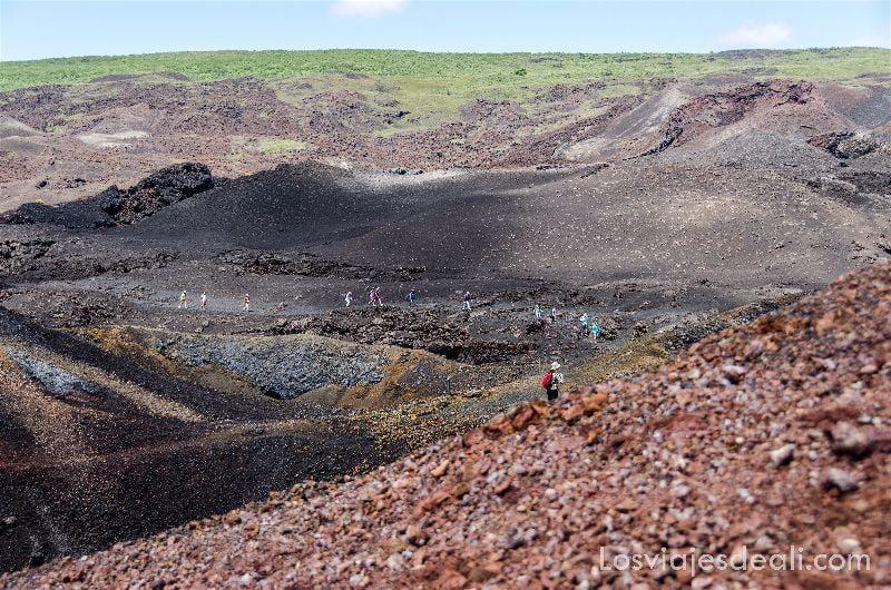 isla isabela trekking volcán
