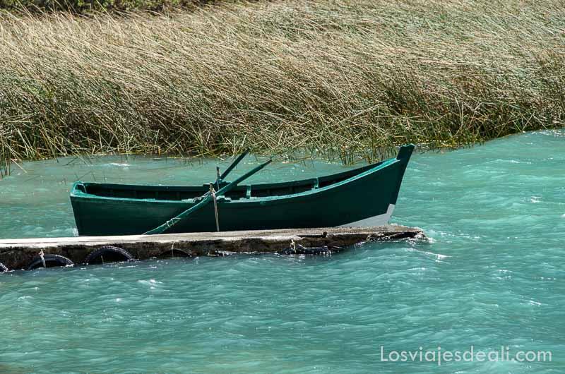 parque nacional de huascaran barcas