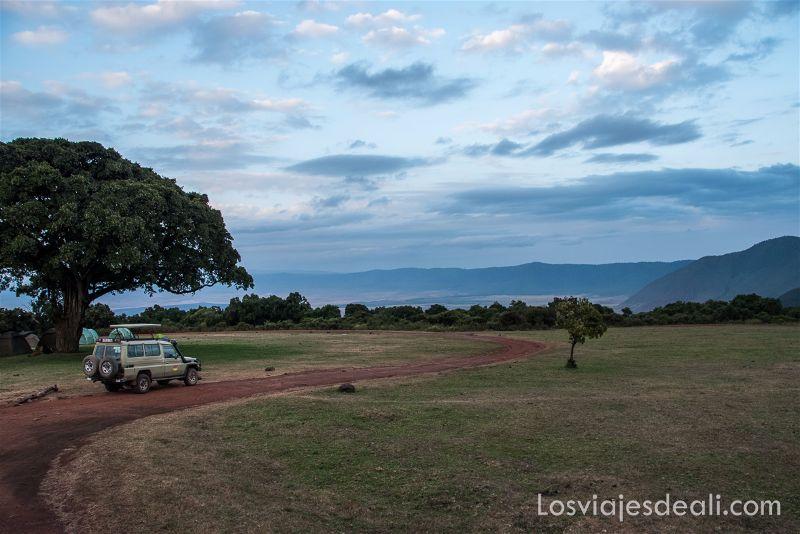 cráter de Ngorongoro Simba campsite