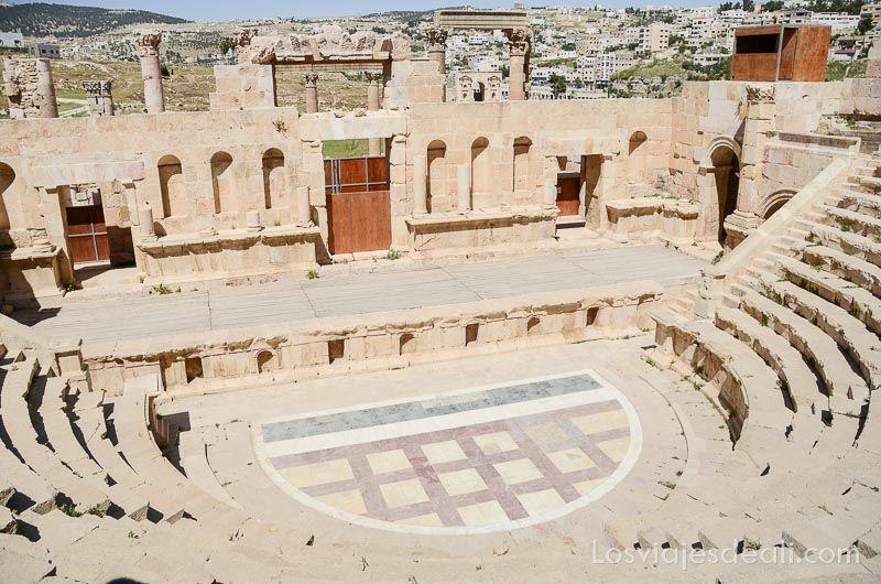 ruinas de jerash teatro pequeño