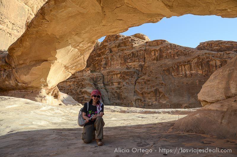 retrato en desierto de wadi rum