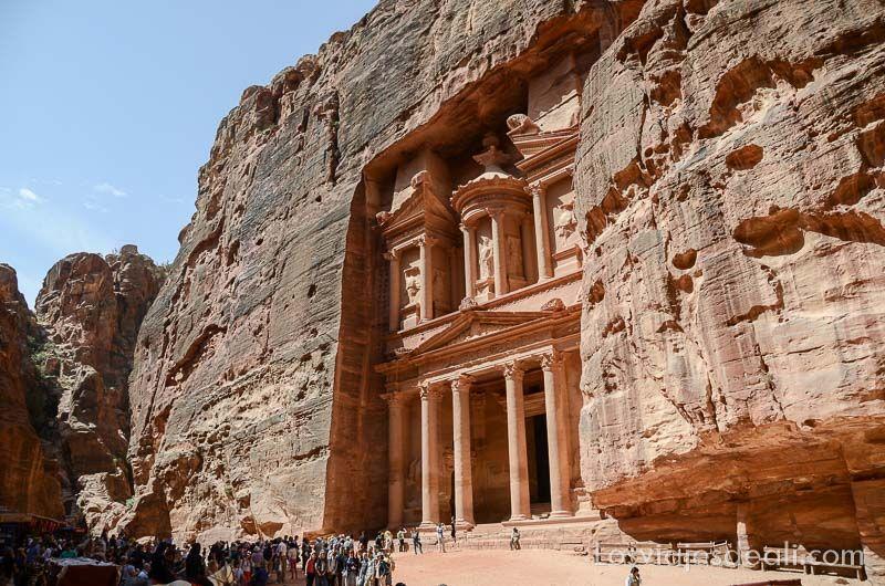 Petra fachada del tesoro Jordania