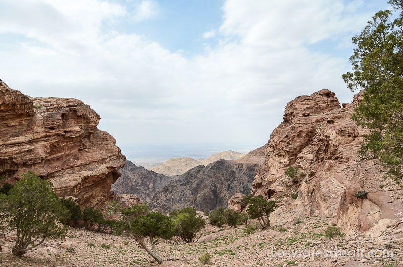 vistas desde el monasterio de petra