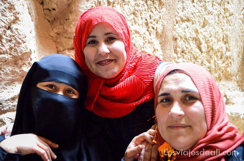 um qays y ajlum mujeres jordanas Jordania en 6 días