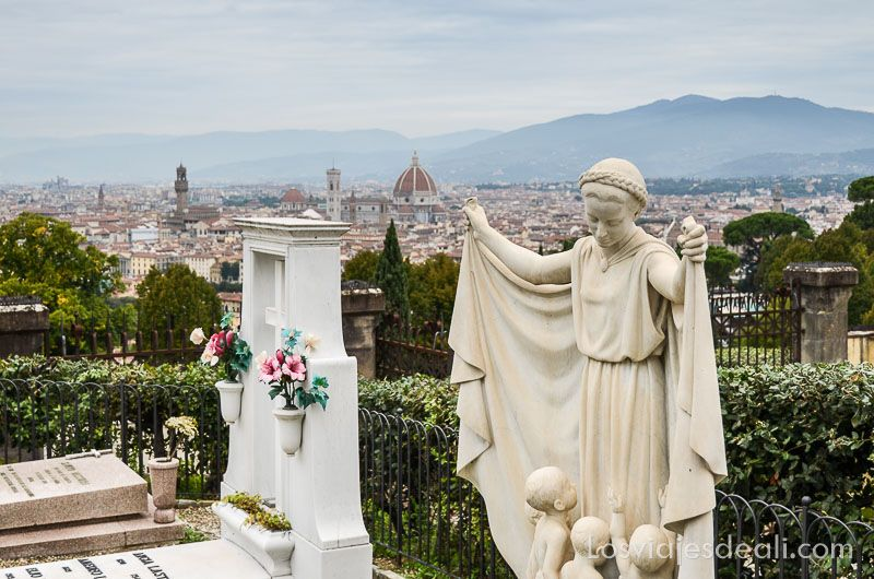 paseo por florencia cementerio