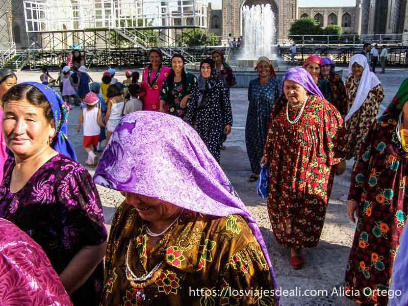 mujeres de Samarcanda