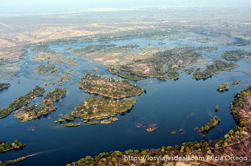 vuelo sobre las cataratas victoria zambeze