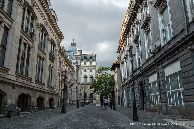 centro histórico de Bucarest calle peatonal 9 días en Rumanía