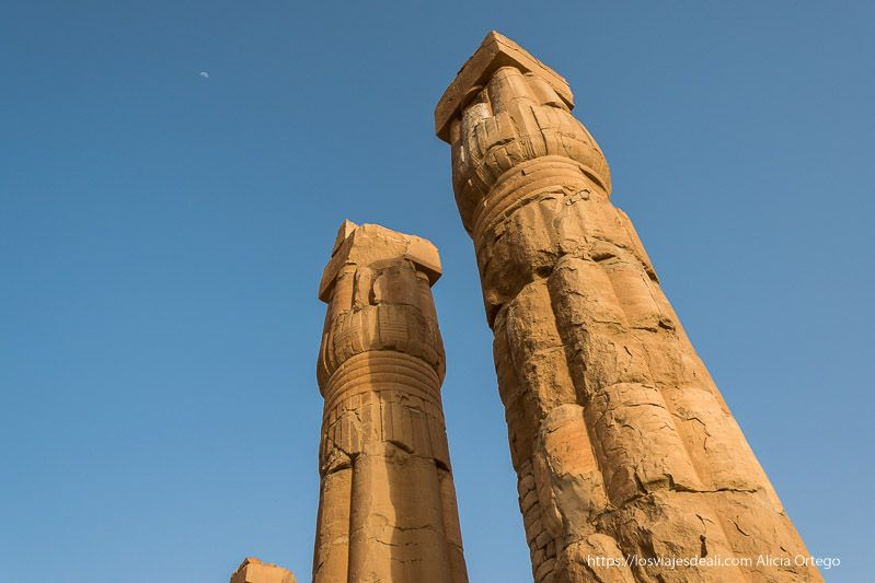 columnas del templo de soleb parecidas a las de Luxor
