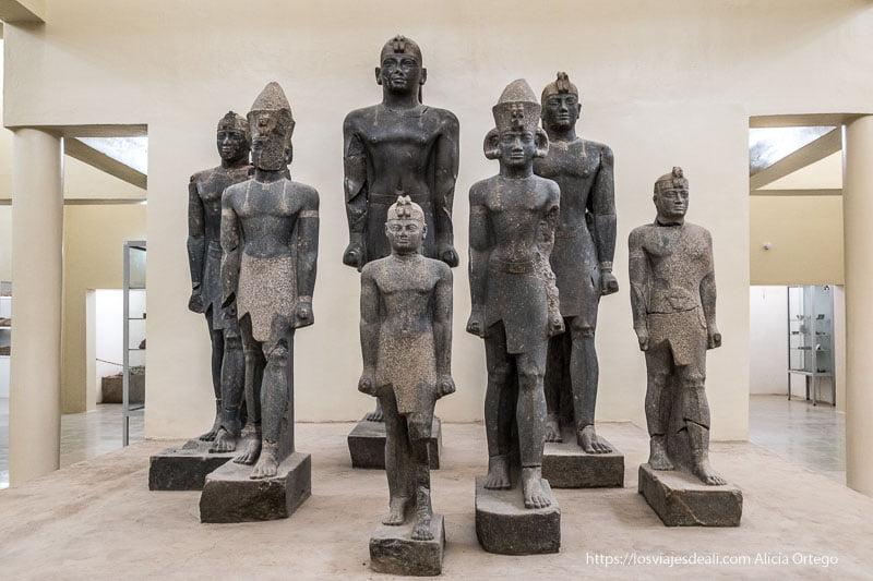 estatuas de faraones de kerma en Sudán