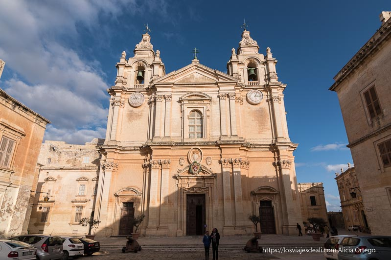 fachada catedral barroca de Mdina en Malta