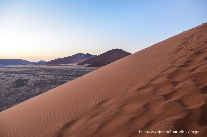 vistas desde la duna 45 en el amanecer