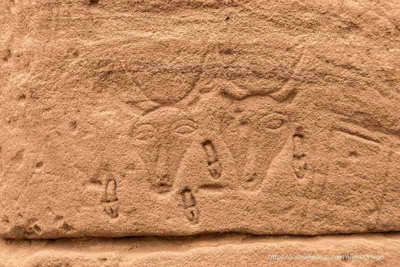 relieves de vacas en El Kurru cerca de Karima