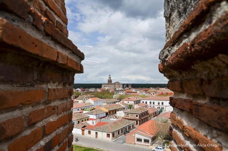 vistas de Coca desde lo alto de las murallas