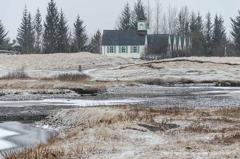 edificio del parlamento islandés en Pingvellir triángulo dorado de islandia