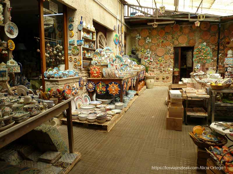 tienda de cerámica de érice