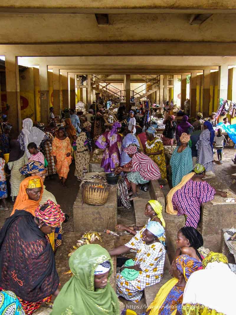 mercado de mujeres en mopti