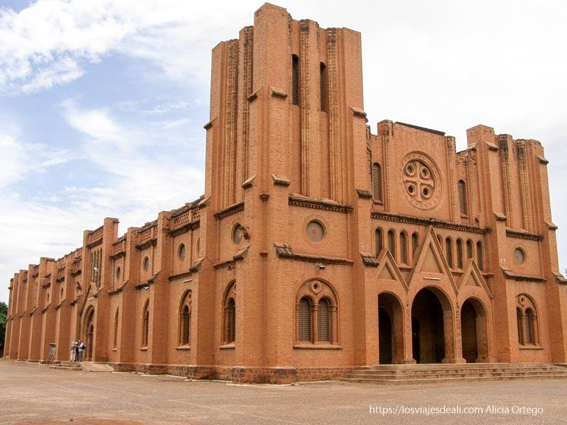 catedral cristiana de ouagadogou