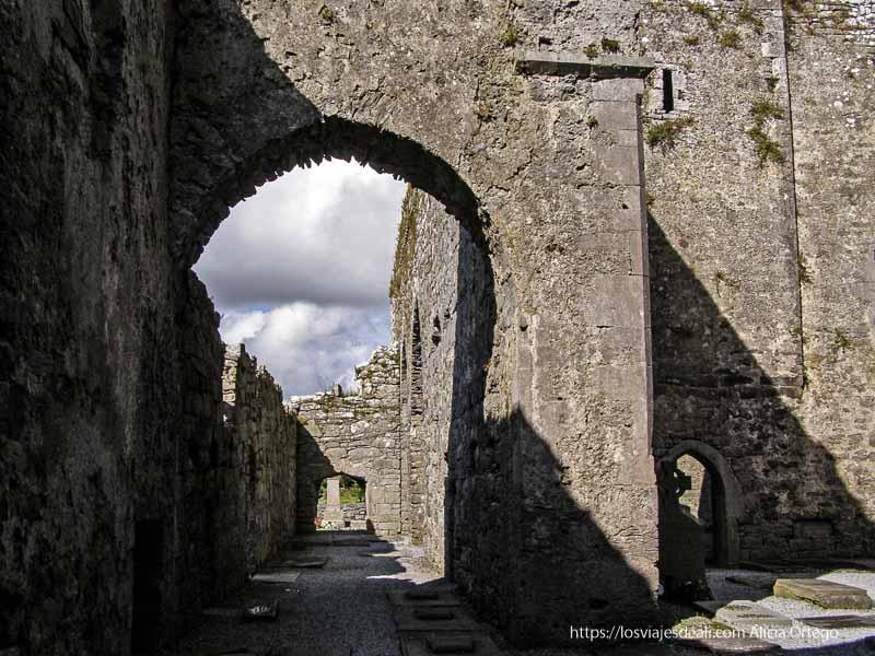 antigua abadía el burren