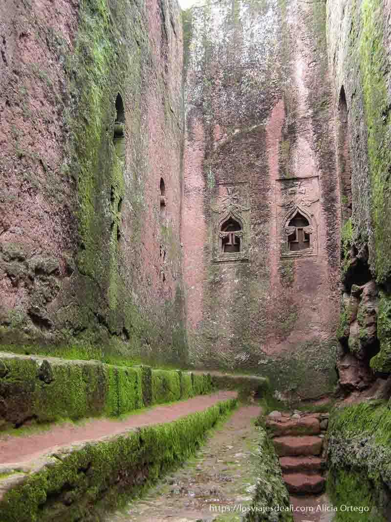 iglesias de lalibela excavada en la roca
