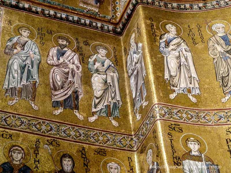 mosaicos bizantinos de monreale santos con fondo de oro